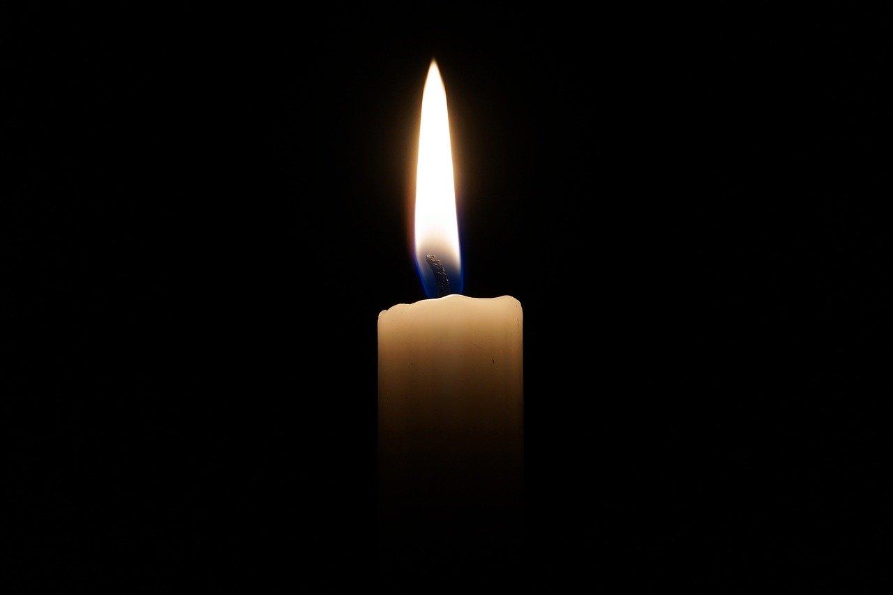 candle-2038736_1280.jpg