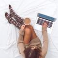 """Minden az edukációval kezdődik... Ma tölts 20 percet azzal, hogy végiggondolod, tapasztaltad-e már magadon az endometriózis tüneteit! ☝ Napi 20 perc odafigyelés rengeteget számít – ezt vallja az @mkbbank20percegeszseg programja is. Ha szeretnéd, hogy megvalósuljon az endometriózissal kapcsolatos edukációs programunk, akkor támogasd követeinket az """"Új Nap – Új Remények"""" közösségi adománygyűjtő közös sétához kapcsolódóan és buzdíts másokat is az adományozásra! A jó ügy: http://www.jougyekert.hu/hu/koveteknek/valassz_egy_ugyet_es_tegyel_vallalast/stop_endo.html Séta részletei:  www.jougyekert.hu/hu/rendezvenyszervezoknek/regisztralt_esemenyek/unur2018.html  #stopendo #20percegészség #mkbbank #nőiegészségér"""