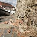 Balesetveszély miatt lezárják a Templom teret