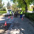 Iskolakezdésre megszűnnek a méretes kátyúk a Római sánc utcában