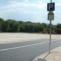Tüntetnek a civilek a Bolgár utcai parkoló eladása miatt