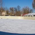 Készül a jégpálya a Postás strandon, de pár napot még várni kell a nyitásig