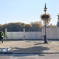 Új rekordidő alatt építették fel a mobil árvízvédelmi falat