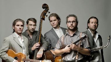 Idén 25 éves a Söndörgő együttes, online koncerttel ünnepelnek