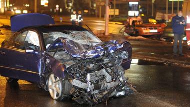 Örökre eltiltanák a vezetéstől a Szentendrei úti halálos baleset okozóját