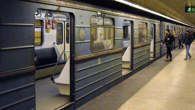 Káosz jöhet a 3-as metró felújítása miatt, így érdemes kerülniük az ingázóknak