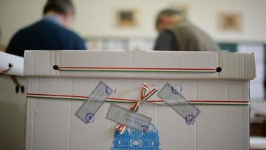 Április 8-án választ Magyarország