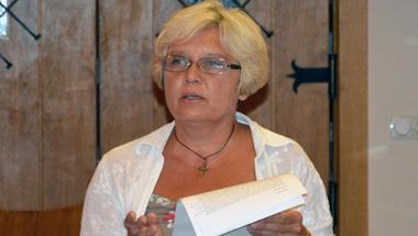 Helyi Fidesz: hamis színben tünteti fel a Népszabadság Zakar Ágnest