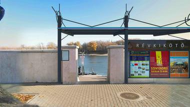 Fedett váró épül a belvárosi révkikötőnél