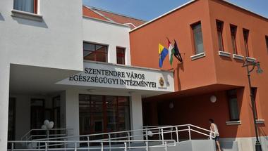 Klára-pont nyílt a SZEI-ben: a 70 év felettiek szakorvosi ellátását segítik