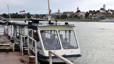 Elindult Európa első elektromos kompja Szentendre és Szigetmonostor között