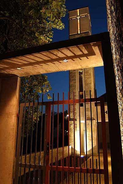 Az új evangélikus templom és parókia belső udvara / Fotó: Építészfórum