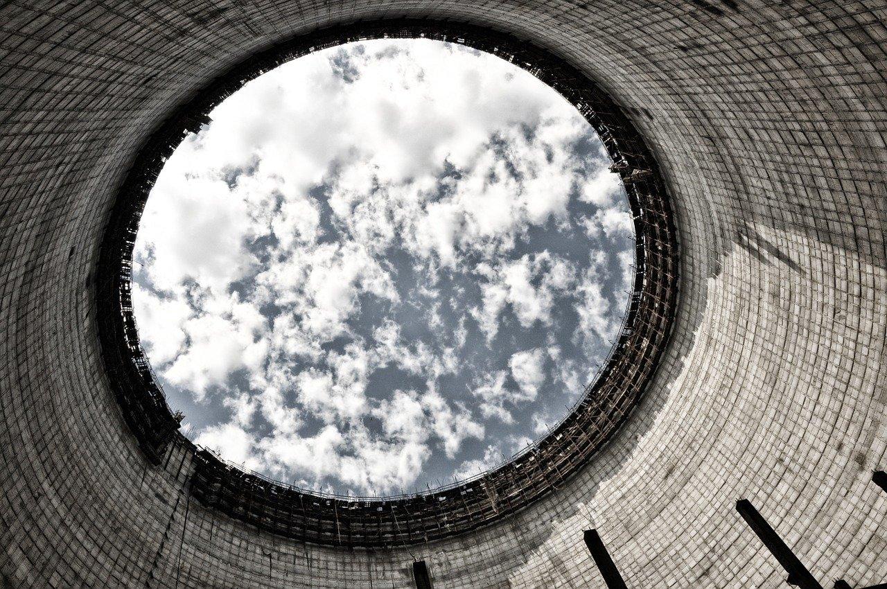 Cikkajánló hétvégére: Csernobil, rezsicsökkentés, zöld újraindulás és sólepárlás