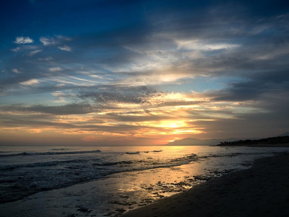 sunset-1711188_960_720.jpg