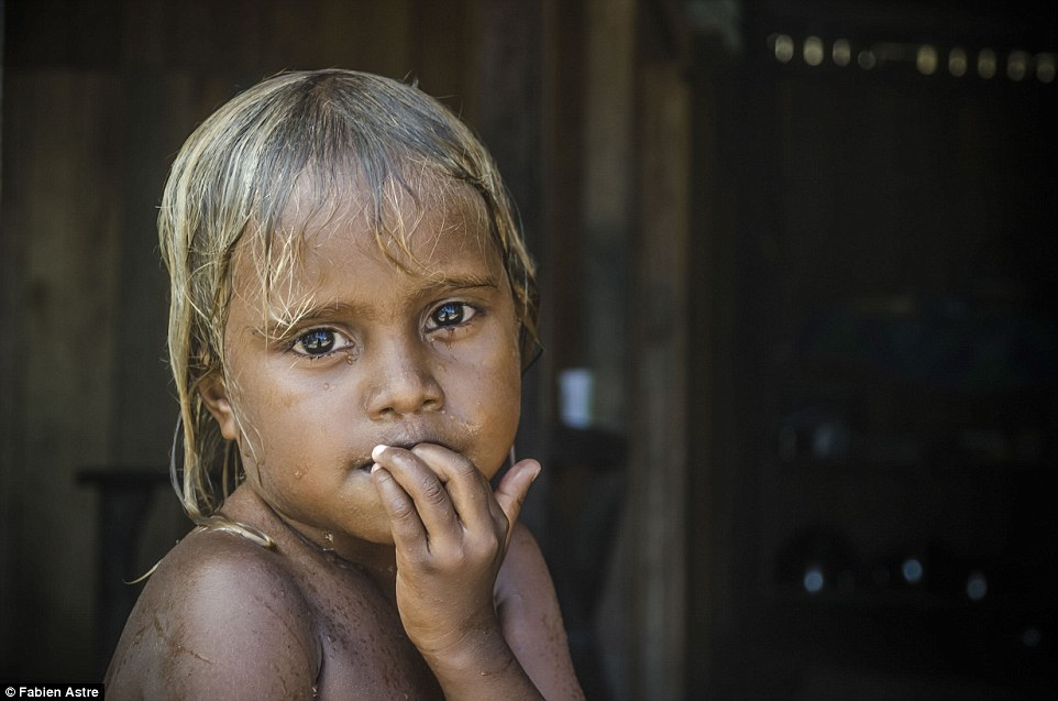3367c53e00000578-3553469-pictured_is_a_melanesian_young_girl_this_term_is_given_to_the_do-a-5_1461481135004.jpg