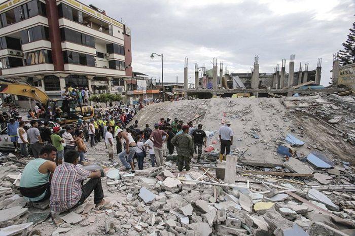earthquake_in_ecuador_02.jpg