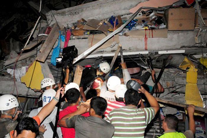 earthquake_in_ecuador_10.jpg