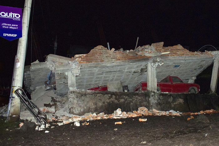 earthquake_in_ecuador_12.jpg
