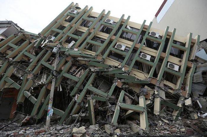earthquake_in_ecuador_21.jpg
