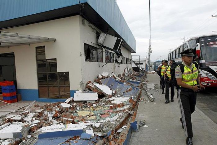 earthquake_in_ecuador_22.jpg