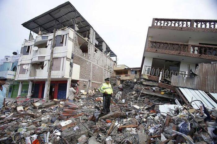earthquake_in_ecuador_24.jpg