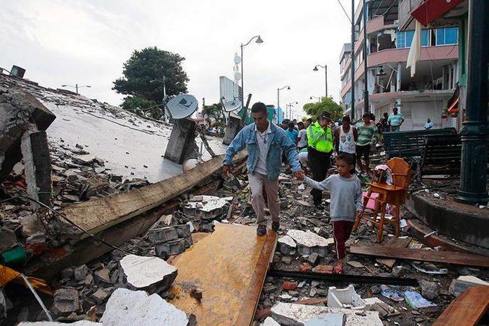 earthquake_in_ecuador_25.jpg