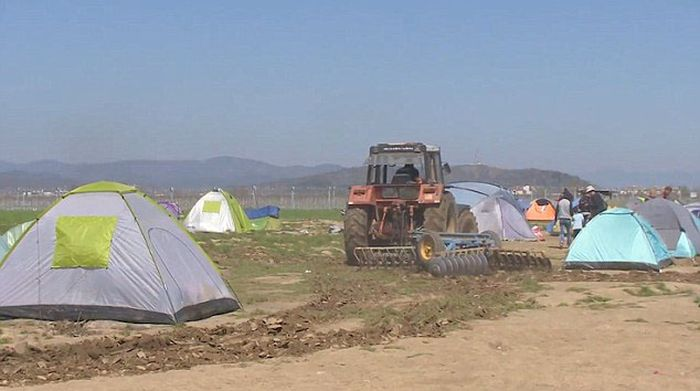 syrian_migrants_tents_02.jpg