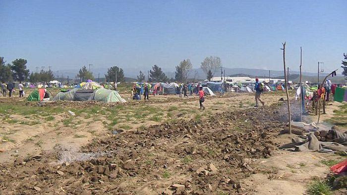 syrian_migrants_tents_03.jpg