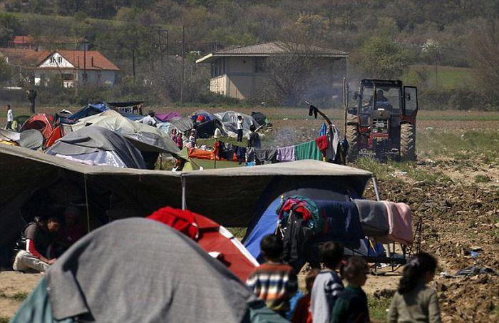 syrian_migrants_tents_06.jpg
