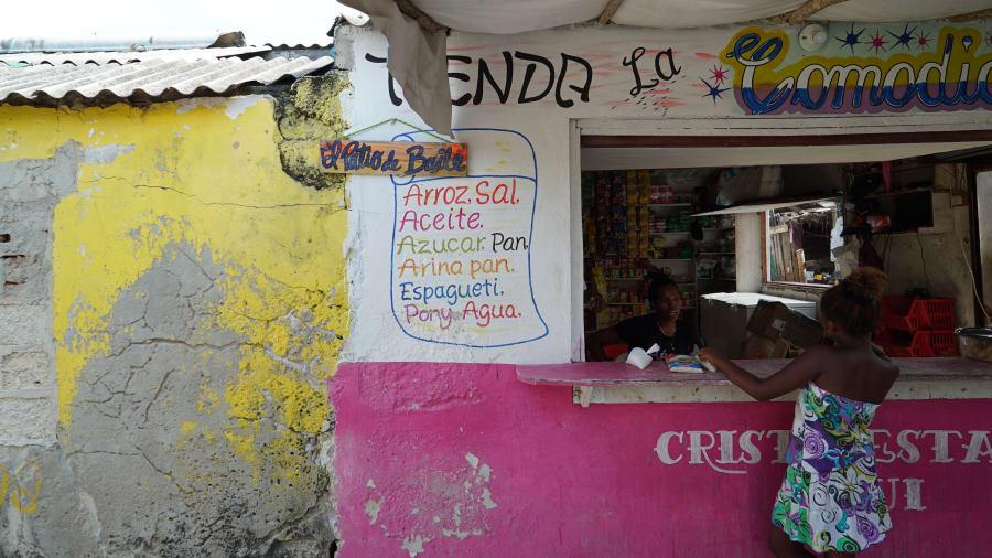 http_2f_2fcdn_cnn_com_2fcnnnext_2fdam_2fassets_2f180801150307-santa-cruz-colombia-vendor.jpg