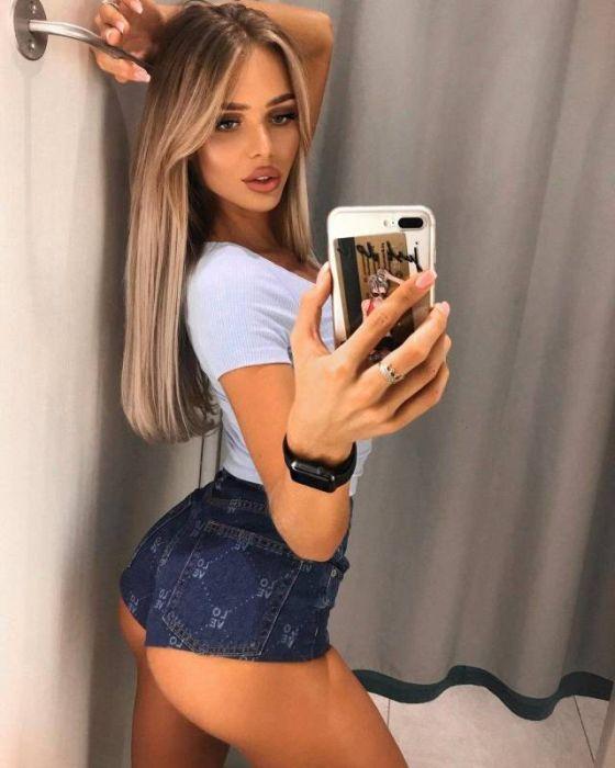 short_hot_girls_16.jpg