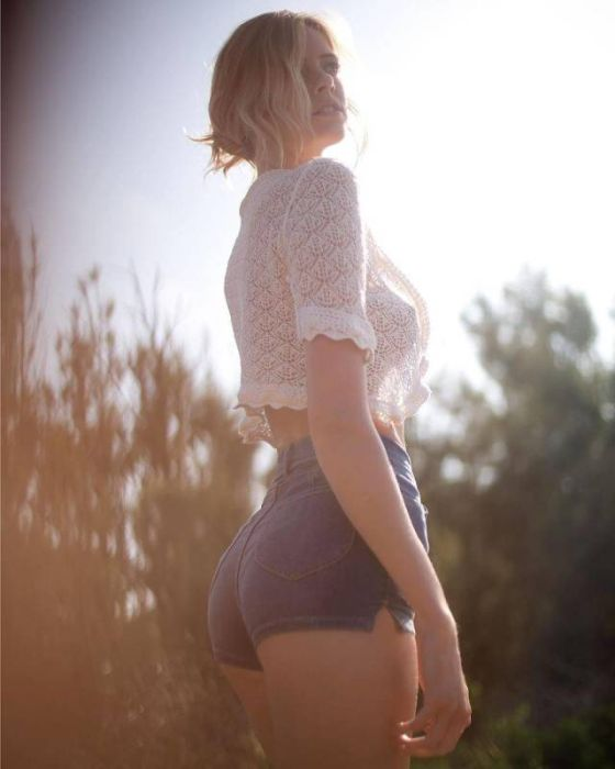 short_hot_girls_24.jpg