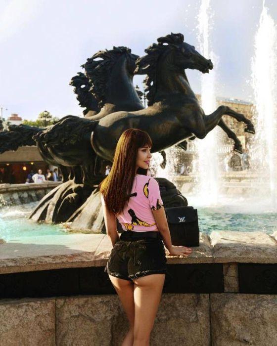 short_hot_girls_27.jpg