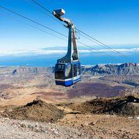 Több, mint 150 turistát evakuáltak a Mount Teide felvonóról
