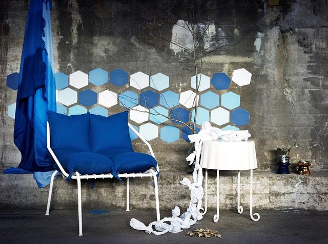 ikea_betonfal_szoba.jpg