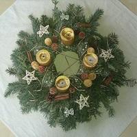 Békés Karácsonyt és boldog új évet!