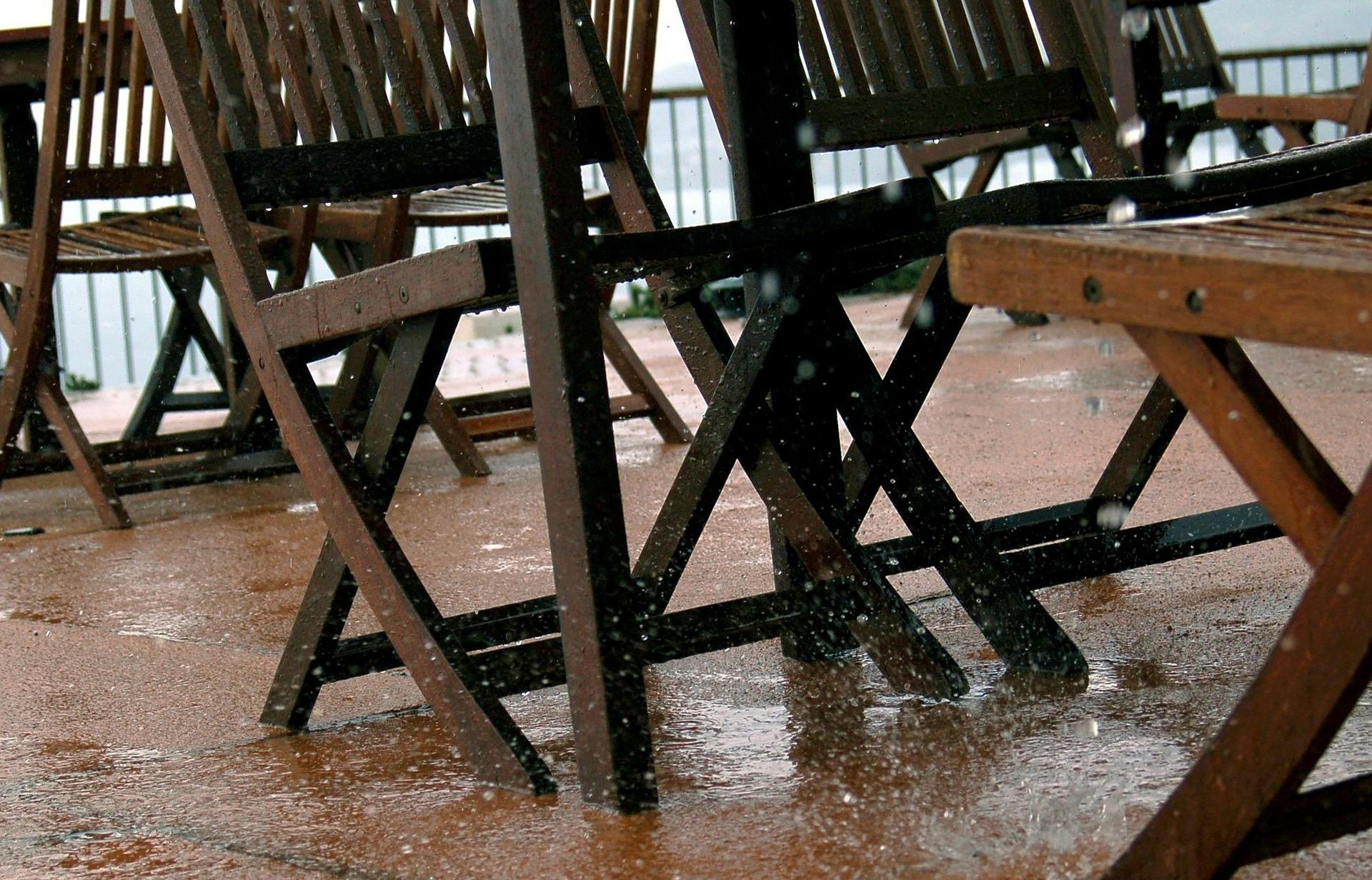 rain-123898_1920.jpg