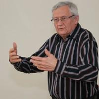 5vös-akták: Professzorok nyakkendő nélkül