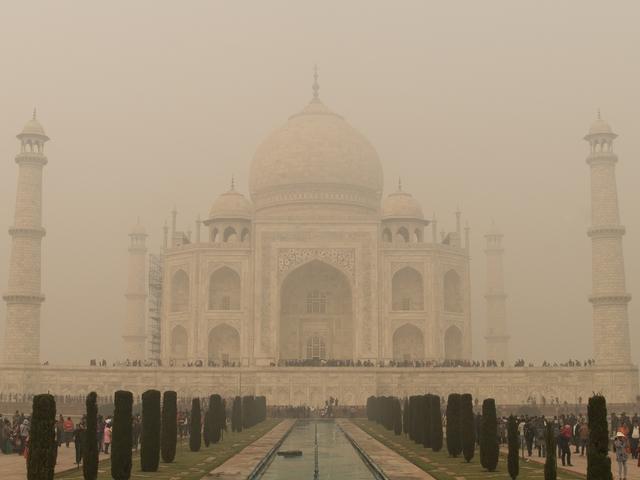 Fotócsütörtök - A Taj Mahal előtt
