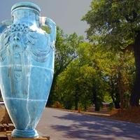 Megvan a Zsolnay-gyár titokzatos kék vázája!