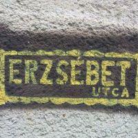 Stencil utcanévtábla