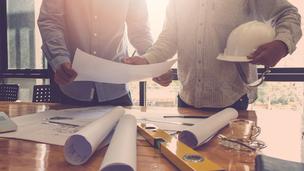 Nagy segítség az építtetőknek: kitolták a szigorítás határidejét