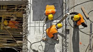 Minden harmadik építőipari munkás feketén dolgozik