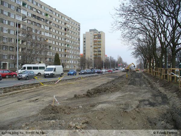 3. Épül az Andor utca bővítése, 2010. március. Forrás: http://epitos.blog.hu/2010/03/23/szelesedik_az_andor_utca