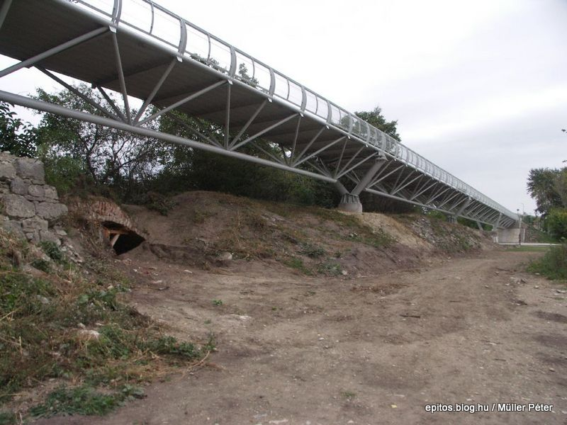 285 híd áteresz+töltés.jpg