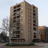 A város első toronyháza