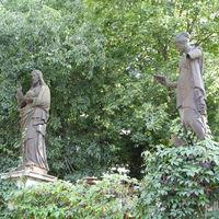 Hosszú séta a Hosszú temetőben