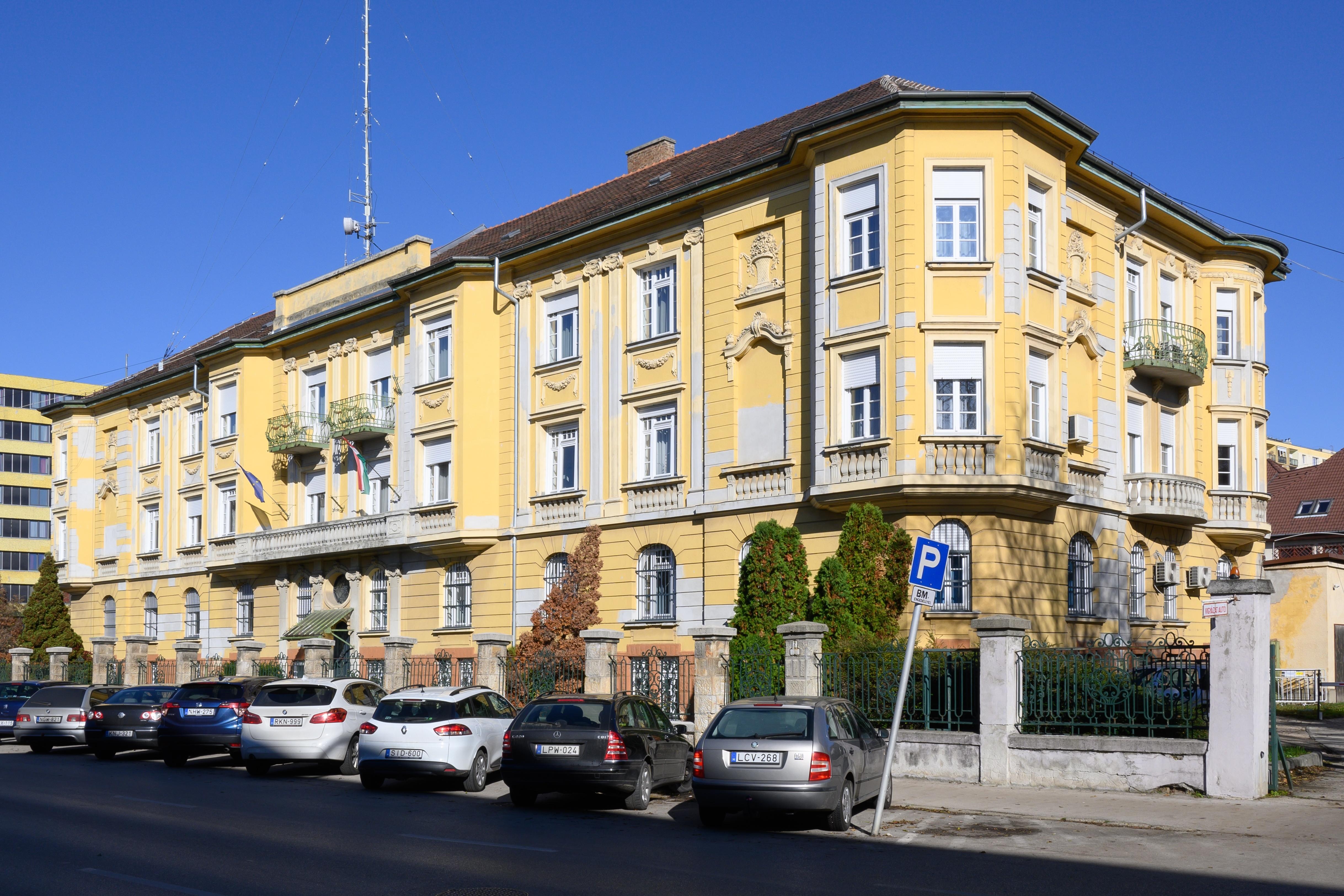 budai_ut-deak_ferenc_utca_2_szabo-palota_dsc_0465.jpg