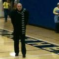Az iskolai tanárok Grunak öltöztek!