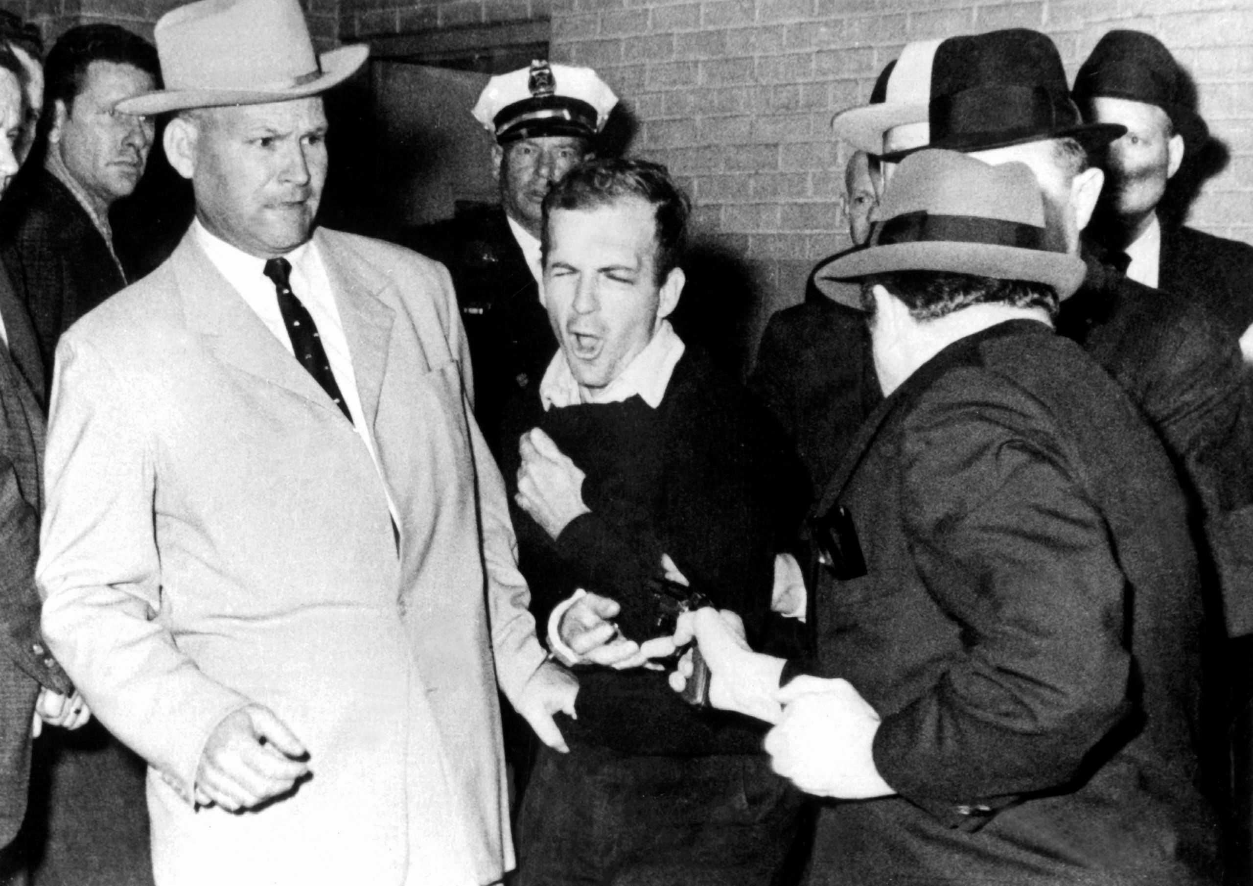 Oswald lelövése.jpg